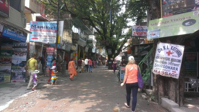 Laxman Jula shops